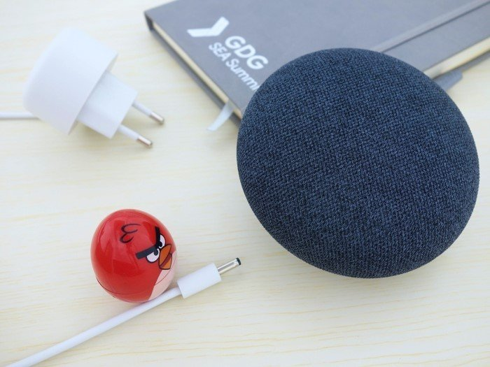 Google Nest Mini - 01