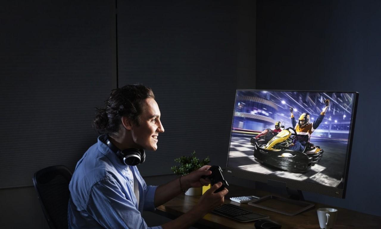 Monitor Gaming BenQ EX2780Q Header