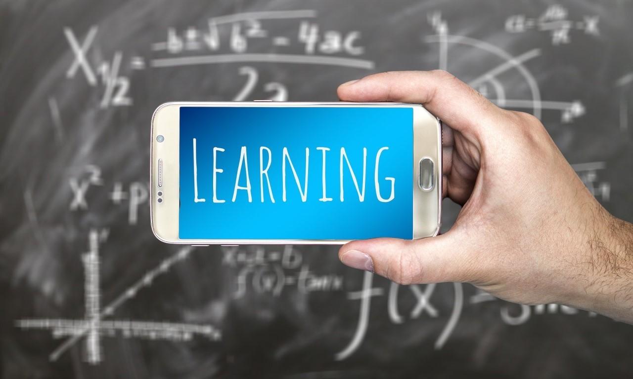 Smartfren Header Education Package