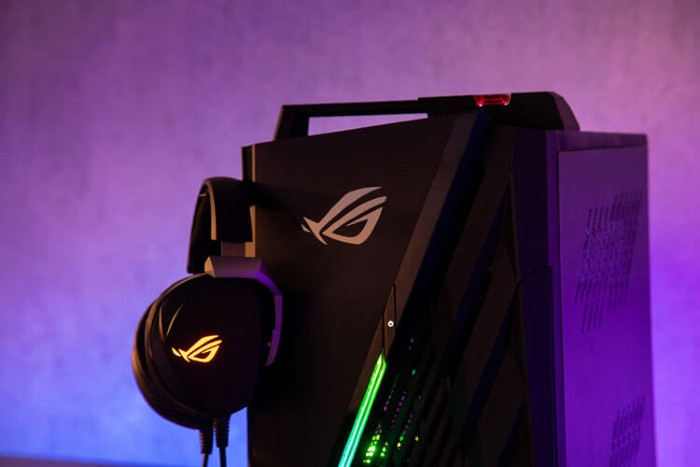 ASUS-ROG-Strix-GA15-Handle.