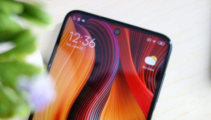 RedmiNote9Pro-FrontHalf
