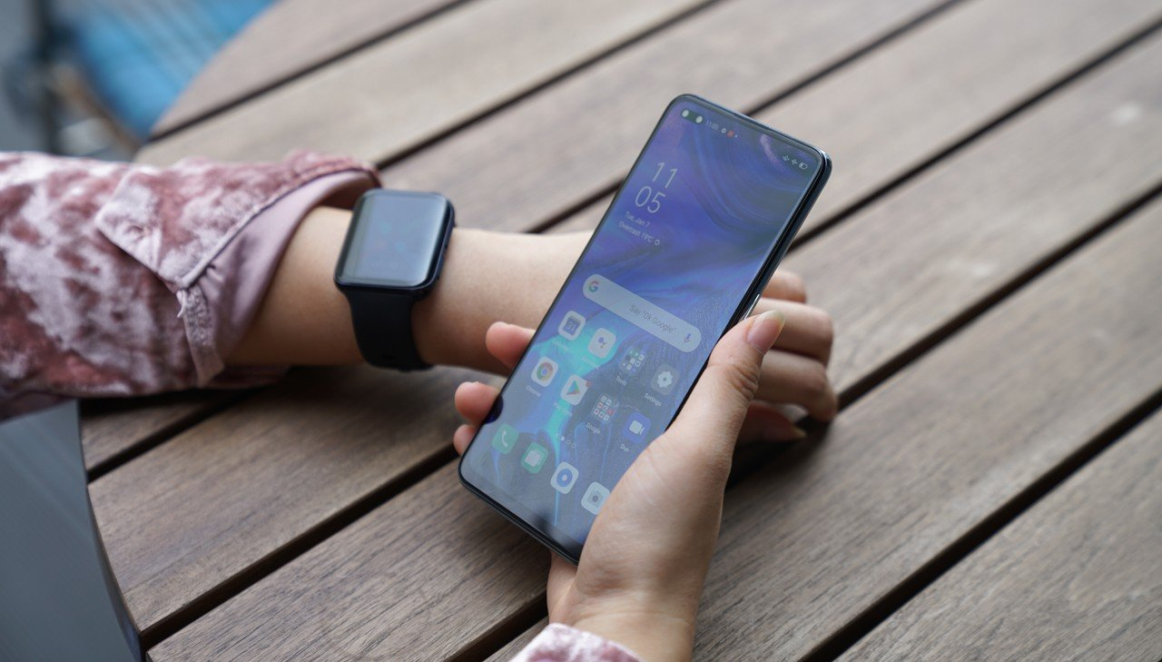 OPPO Watch with Reno4