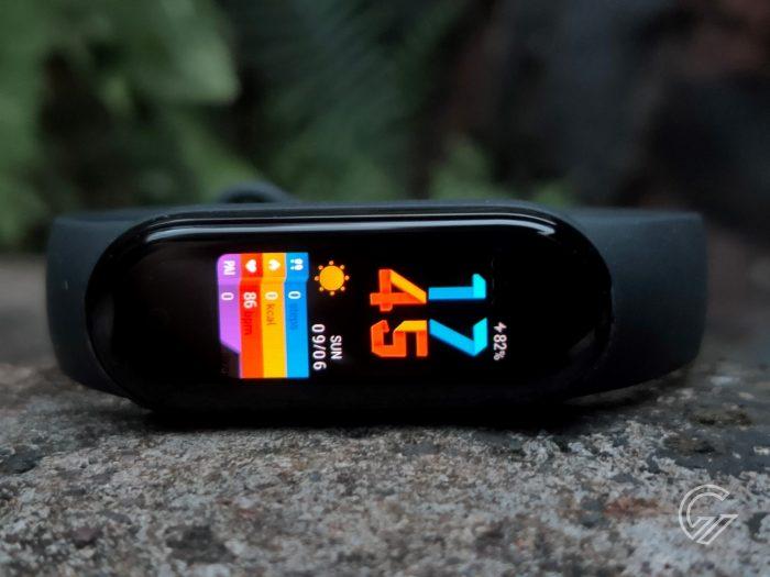 Xiaomi-MiBand5-Display