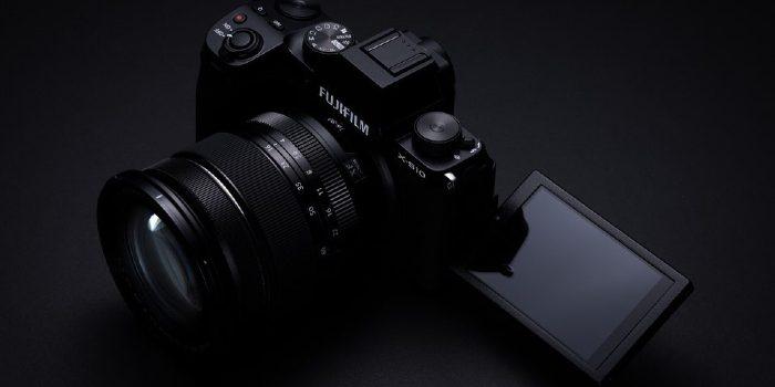 Fujifilm-X-S10-Vari-Angle-180-derajat