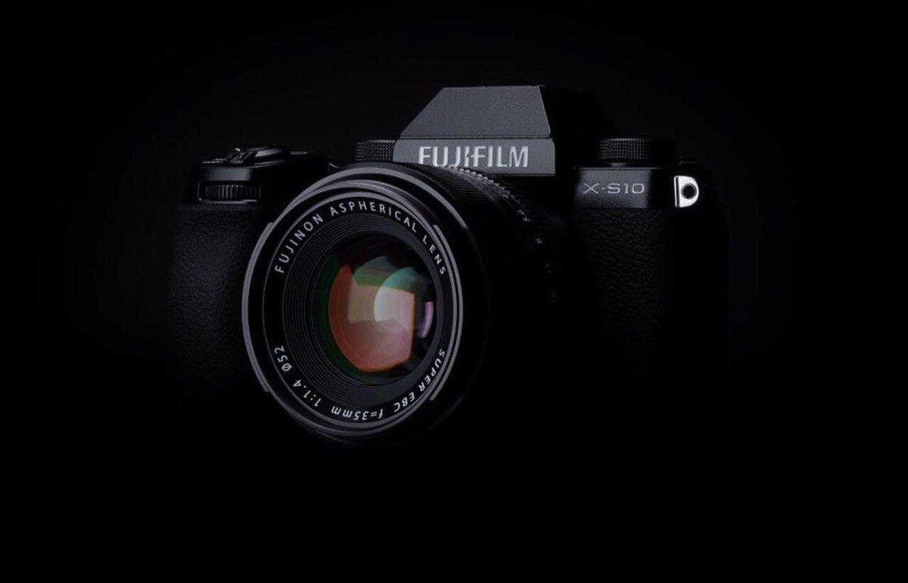 Resmi-Diumumkan-Kamera-Ringkas-Fujifilm-X-S10-Tawarkan-18-Simulasi-Film