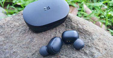 Mi True Wireless Earbuds Basic 2 Case dan Buds