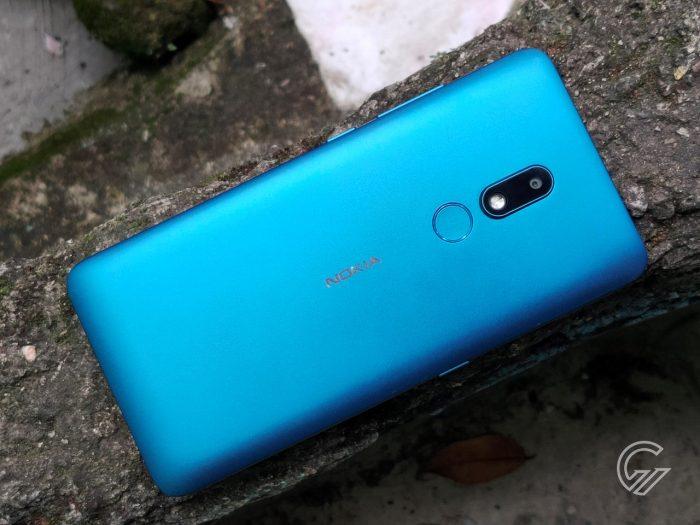 Nokia-C3-Diagonal