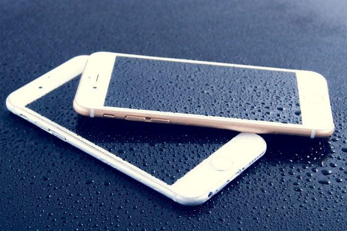 Smartphone Basah Air