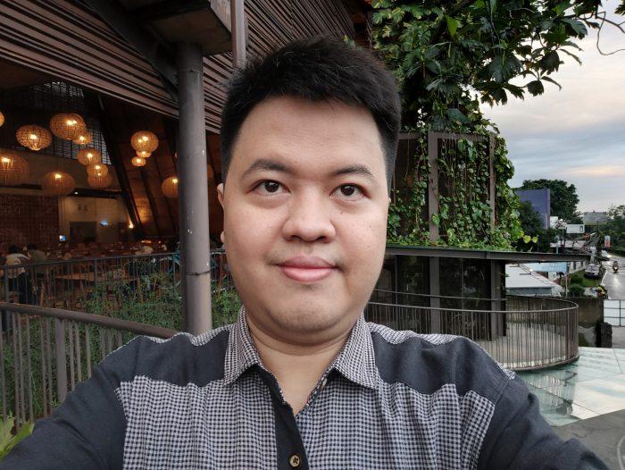 OPPO Reno5 5G Selfie Auto