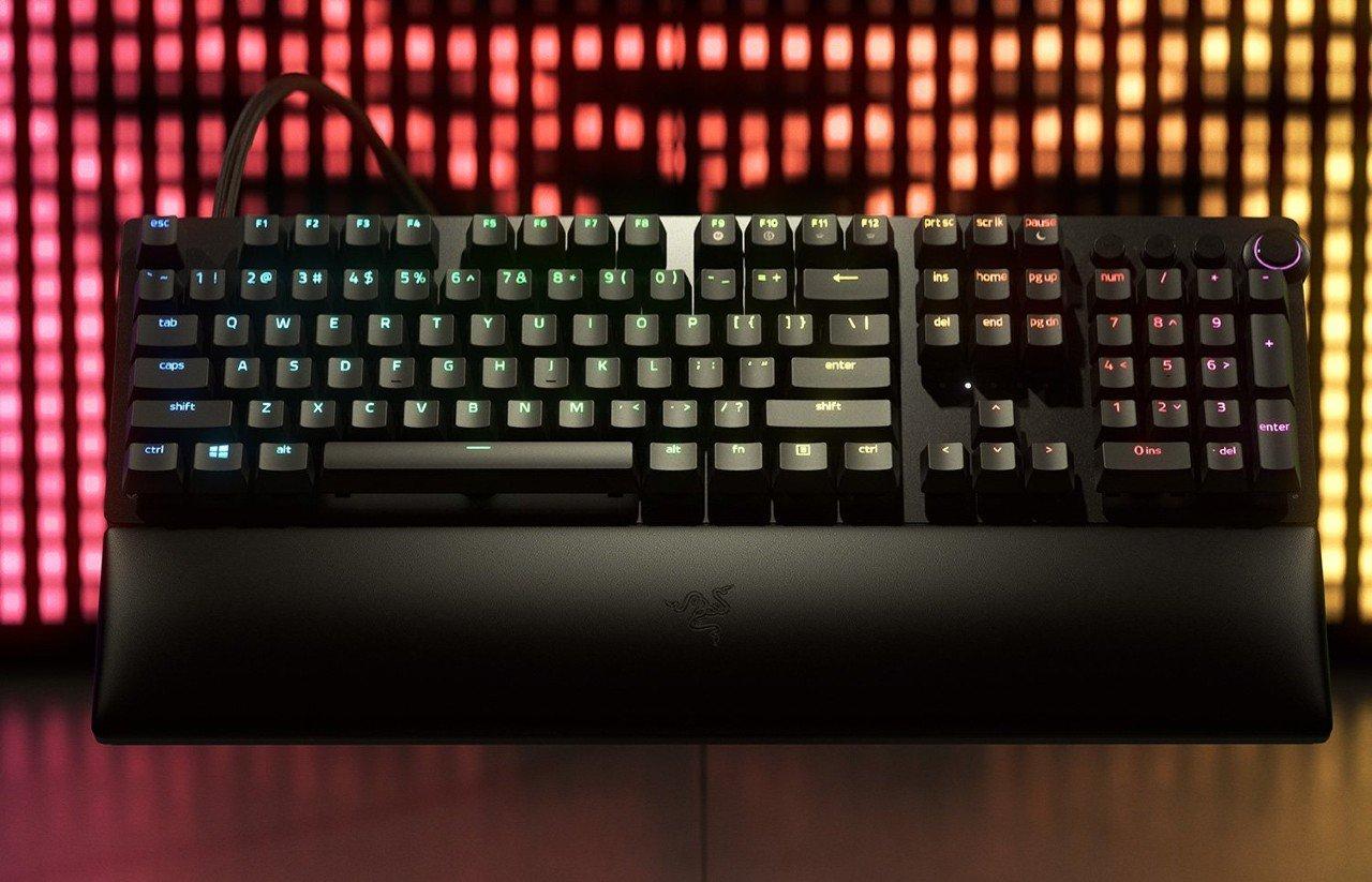 Razer-Rilis-Huntsman-V2-Analog-Keyboard-Gaming-dengan-Aktuasi-Rendah-1.5mm-Header.