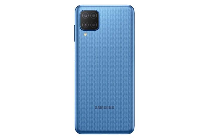 Samsung-Galaxy-M12-biru
