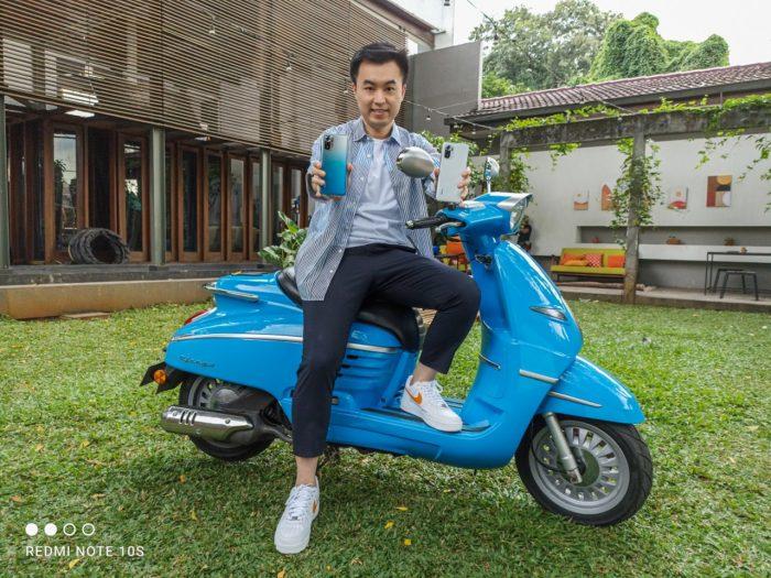 Alvin-Tse-dengan-Xiaomi-Redmi-Note-10S