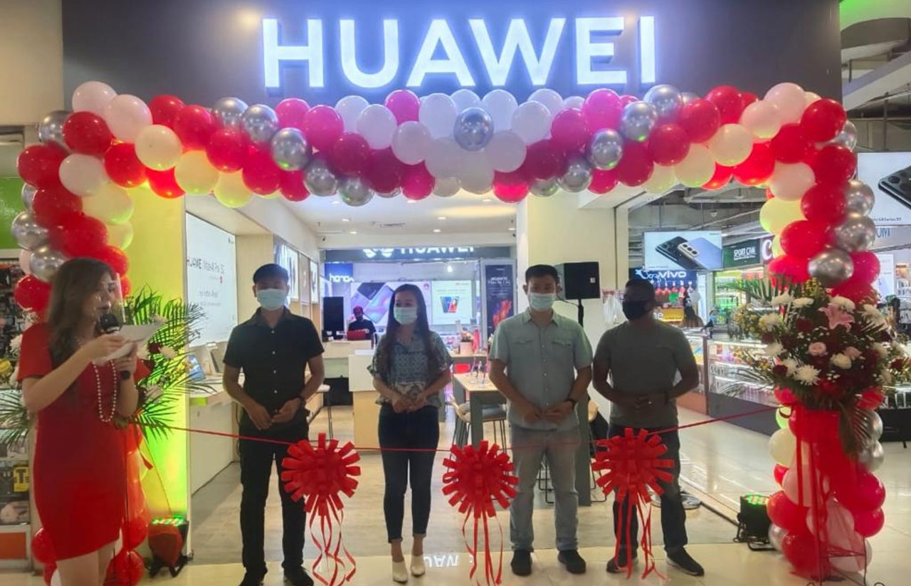 Huawei-Resmikan-Lima-Toko-Baru