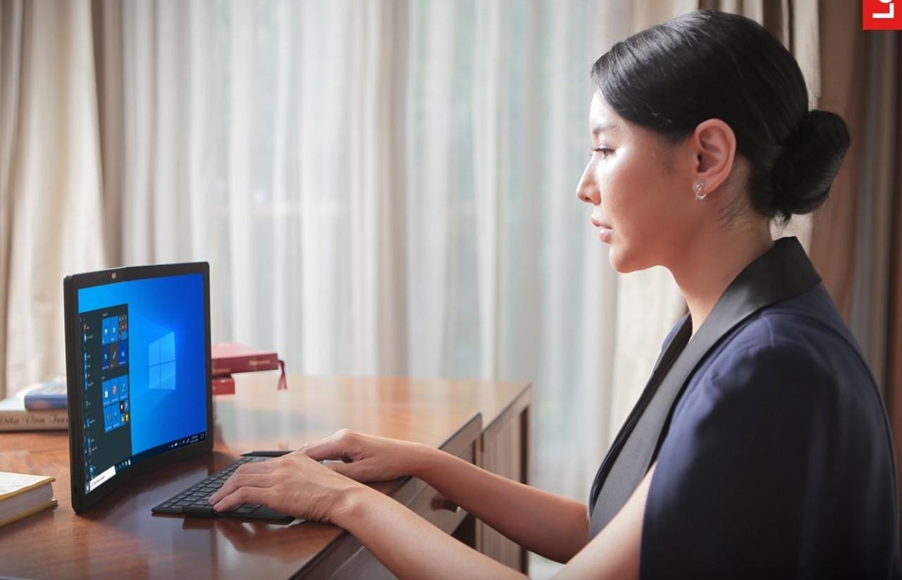 Lenovo-ThinkPad-X1-Fold-Feature.