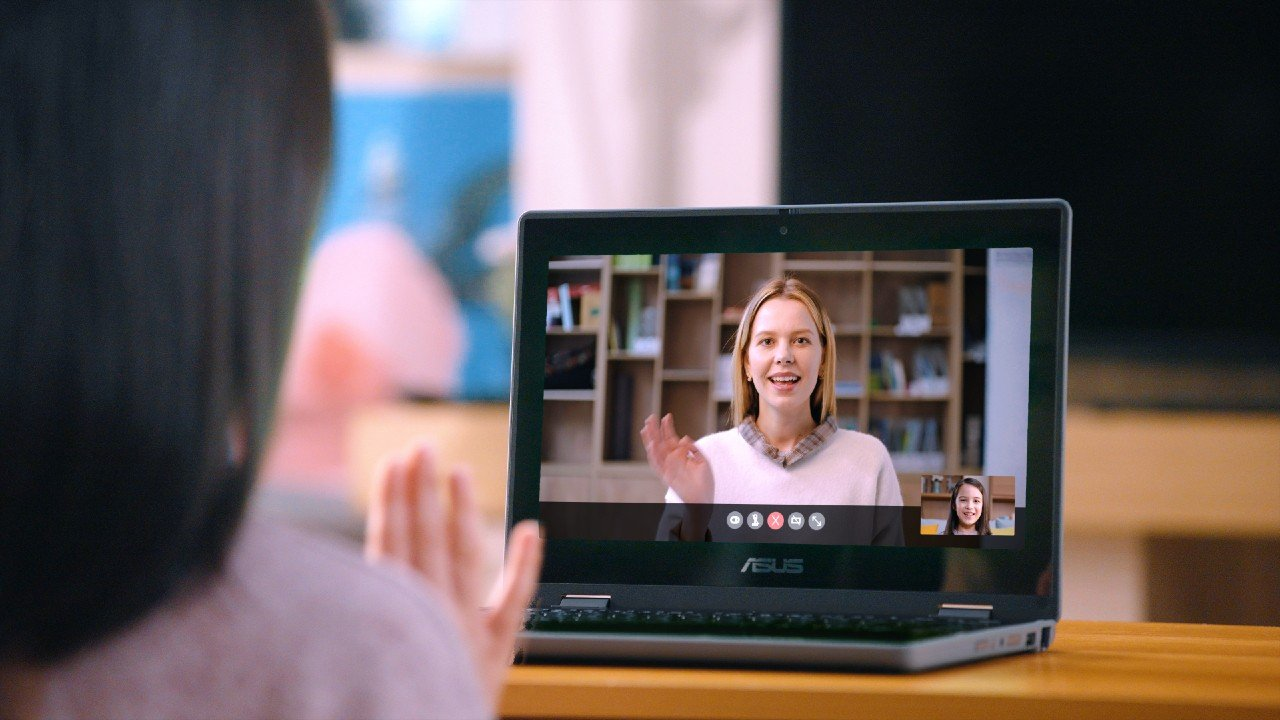 ASUS-BR1100FKA-Video-Call.