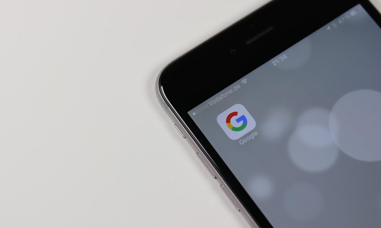 Sembunyikan Aktivitas Google Header