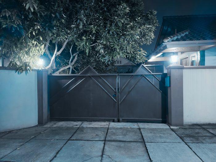 vivoV21-5G-RumahMalam-BlueIce