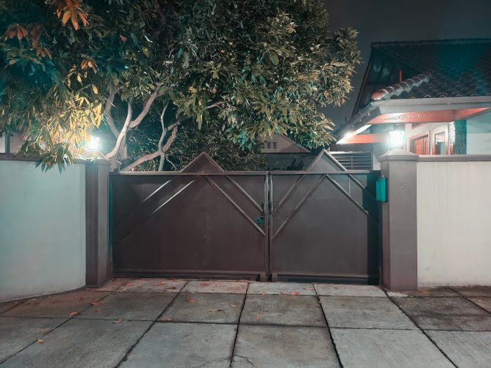 vivoV21-5G-RumahMalam-GreenOrange