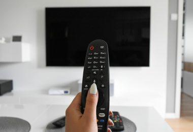 Apa Itu TV Analog Header