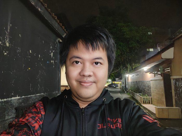 OPPO-Reno6-SelfieMalam-UltraNight