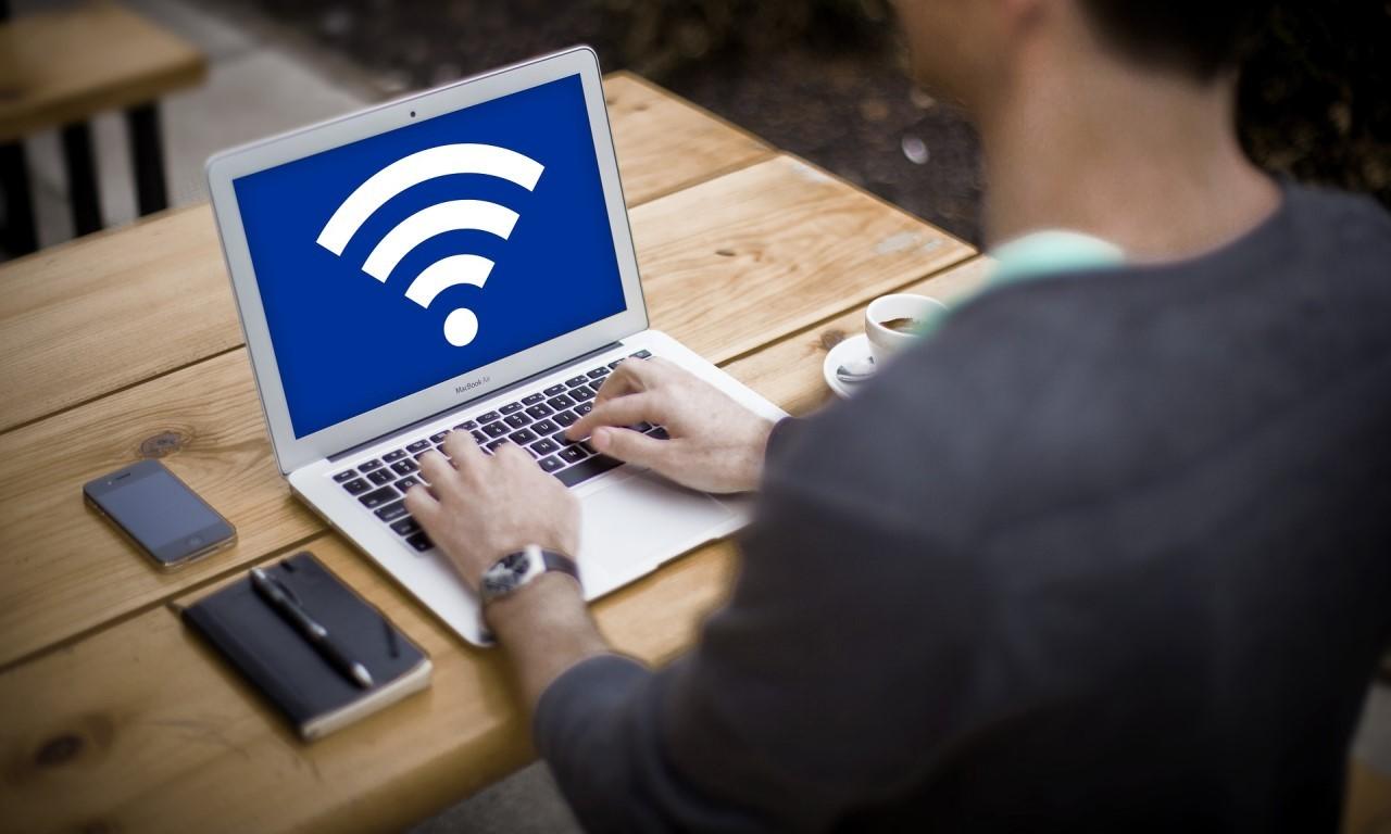 Telkomsel Orbit Vs IndiHome Header