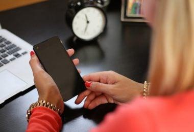 Handphone Wear Women
