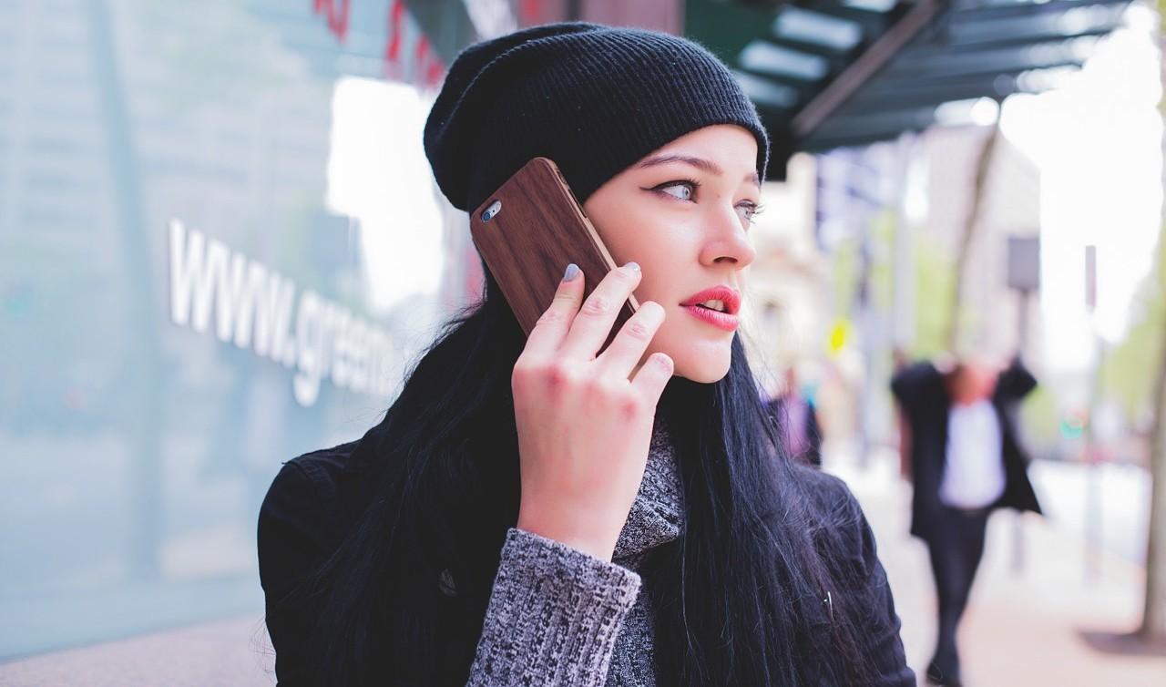Handphone Wear Women Ear