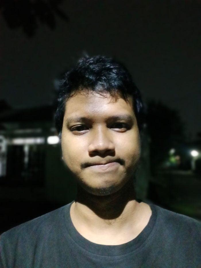 OPPO A16 Kamera Malam - Portrait
