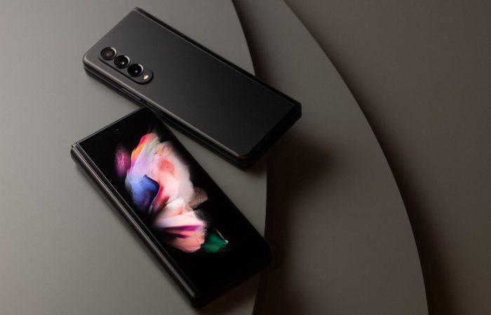 Samsung-Galaxy-Z-Fold3-5G-Layar-Kover.